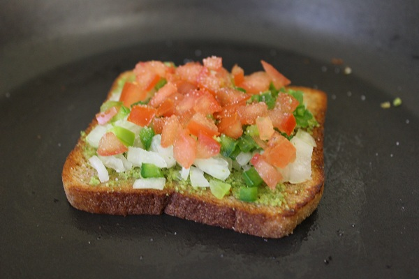 open-cheese-veg-tawa-sandwich-recipe-veg