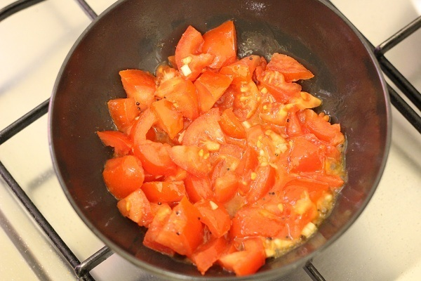Sev Tometa Nu Shaak Recipe tomato