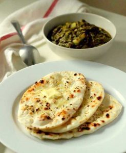 garlic naan recipe on tawa garlic naan
