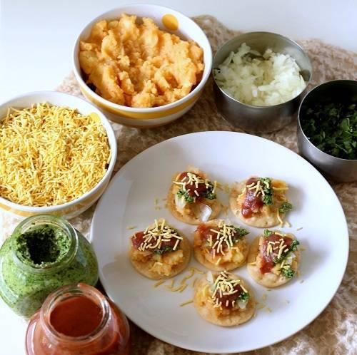 sev puri chaat recipe step 6