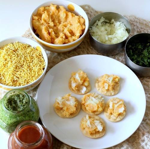 sev puri chaat step 3
