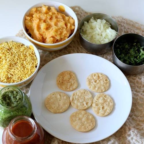 sev puri chaat step 1