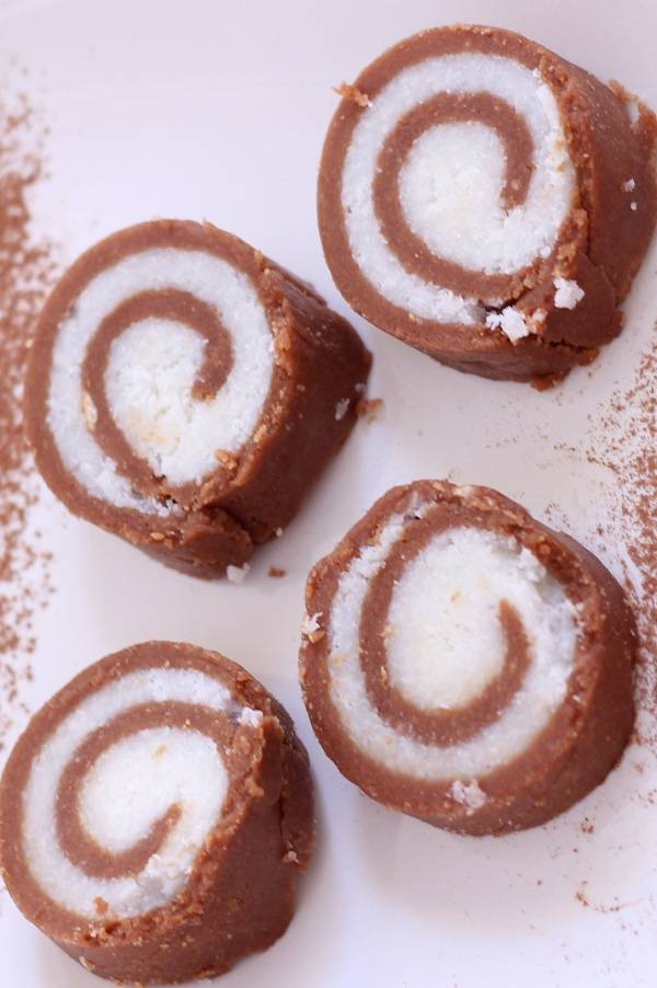 Marie Biscuit Chocolate Rolls recipe