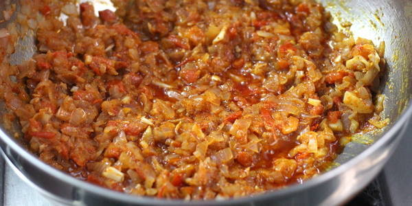 Pav Bhaji Recipe mix well