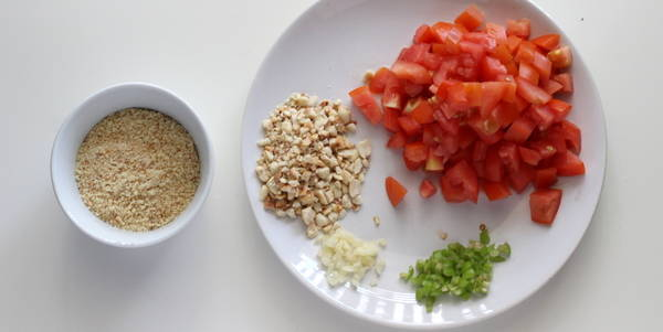tomato peanut curry ingredients