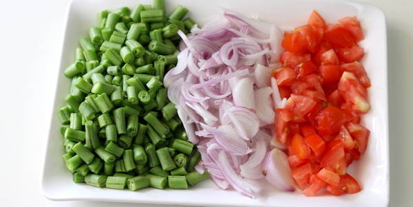 green beans onion tomato ingredients