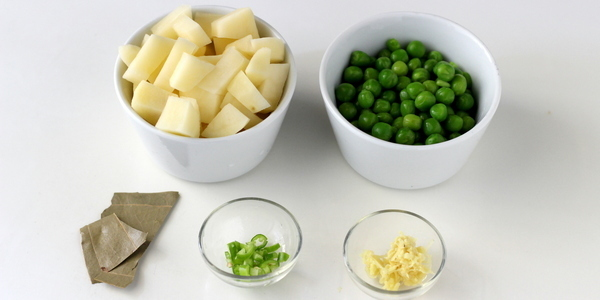 gujarati aloo matar sabzi ingredients