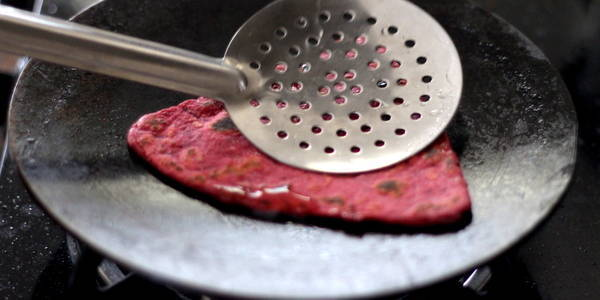 beetroot paratha cooked