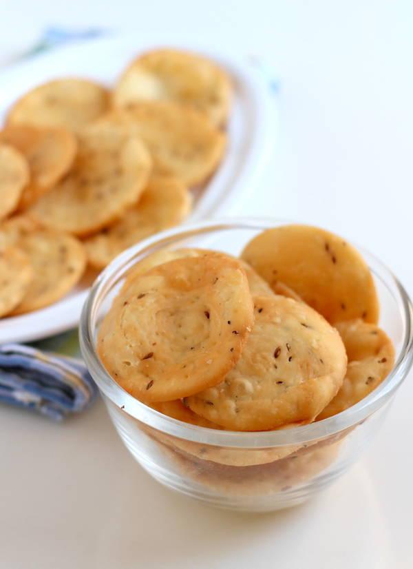 farsi puri recipe gujarati crispy snacks