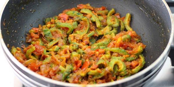 karela besan ki sabzi cooking