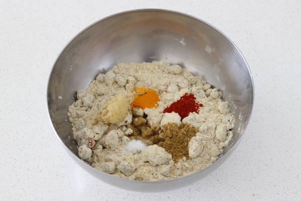 leftover khichdi paratha recipe added masala