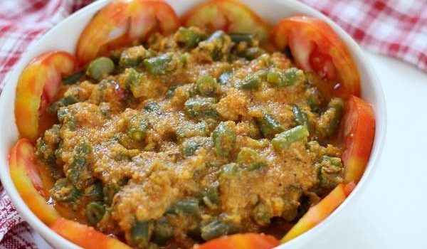 french beans coconut gravy curry recipe
