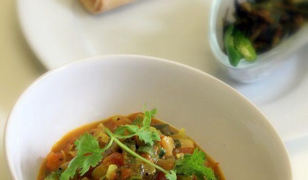 tomato-spring-onion-sabzi-curry-recipe
